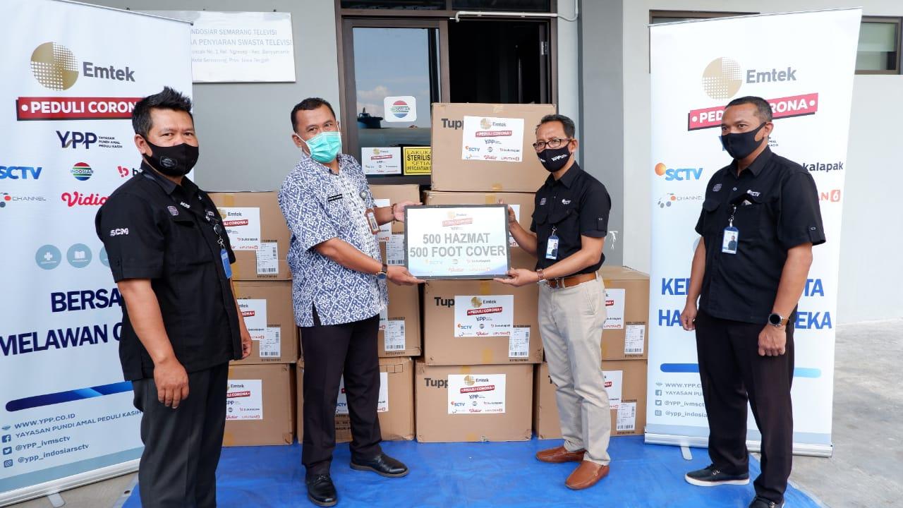 Emtek Peduli Corona Serahkan 500 Hazmat dan 500 Foot Cover Kepada RSUD Dr. H. Soewondo Kendal – Jawa Tengah