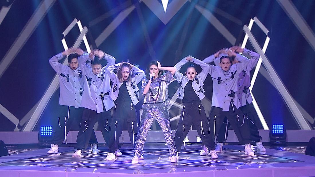 Agnez Mo Bawakan Lagu 'Paralyzed' & 'Nanana' Di Welcome Pop Academy