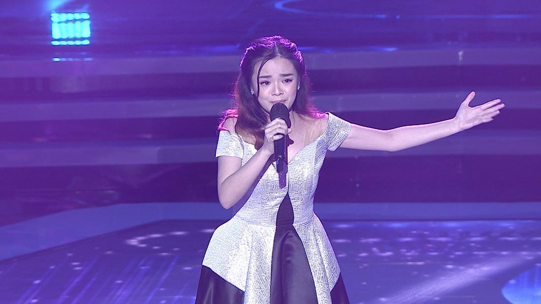 Audrey (Jambi) Buka Jalan ke Babak Top 30 lewat lagu 'Rapuh'.