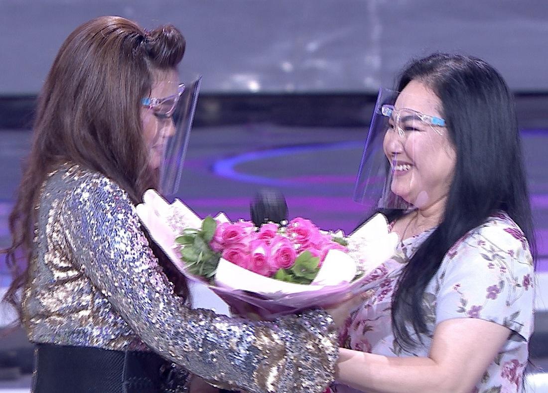 Kejutan Kehadiran Sang Mama Tercinta Untuk Tabi (Tangerang) Di Panggung Pop Academy