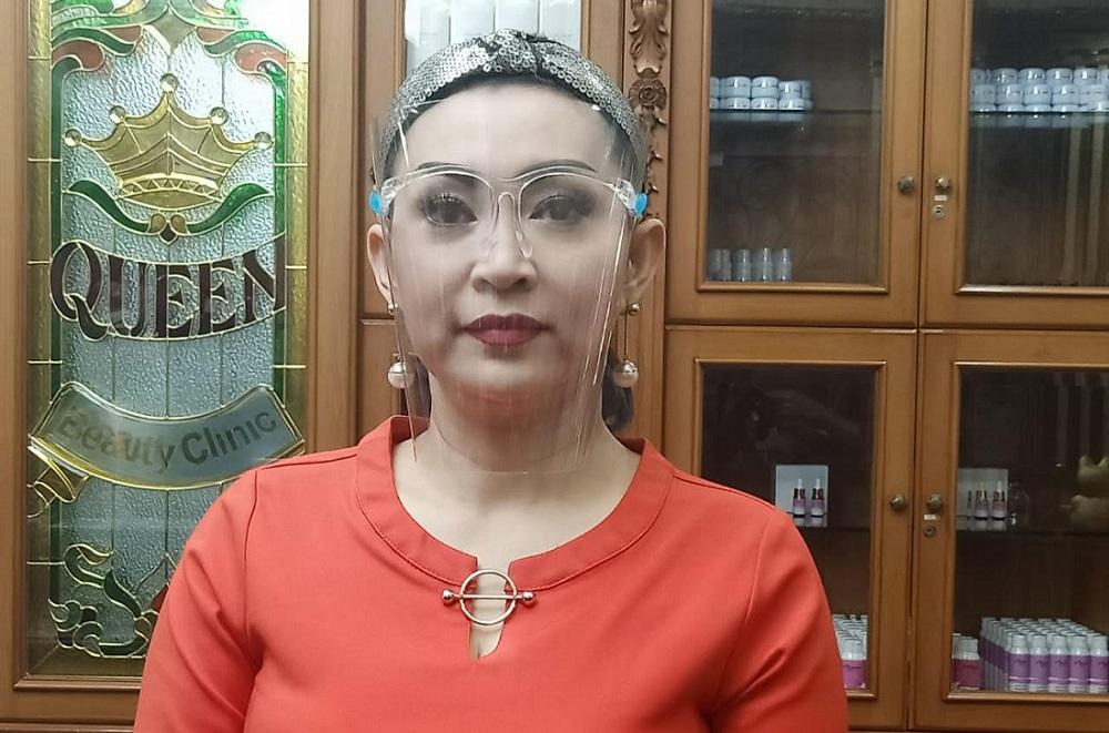 Ratna Listy-queen1